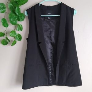 Forever 21 open front vest medium black